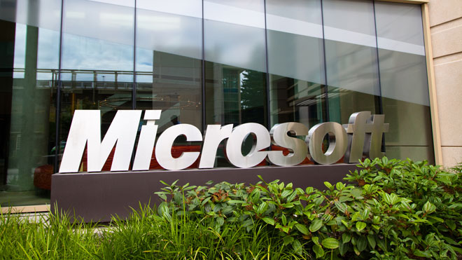 Microsoft-Logo-at-Campus-Headquarters