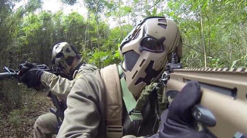 Image result for soldati cu arma