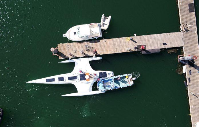 navă autonomă