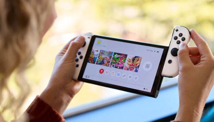 Noua consolă Nintendo Switch OLED